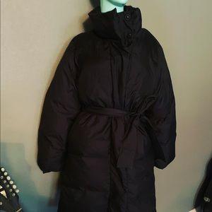 GAP Puffer Button Up Coat Medium Tie Black